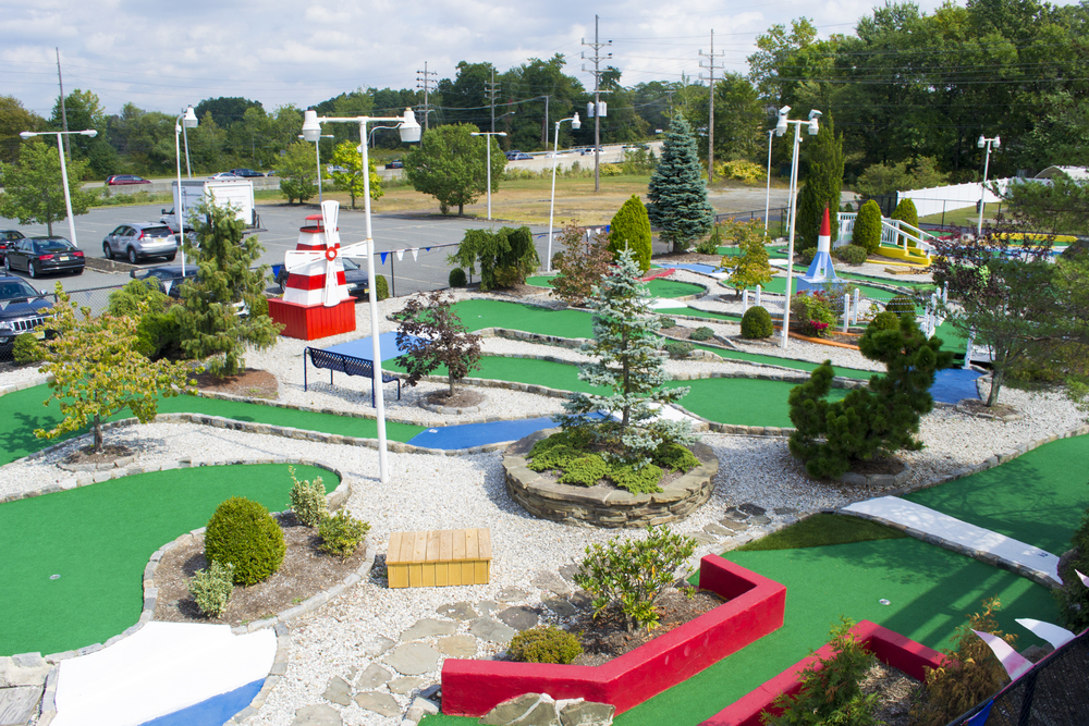 Mini Golf - Broad 2.jpg