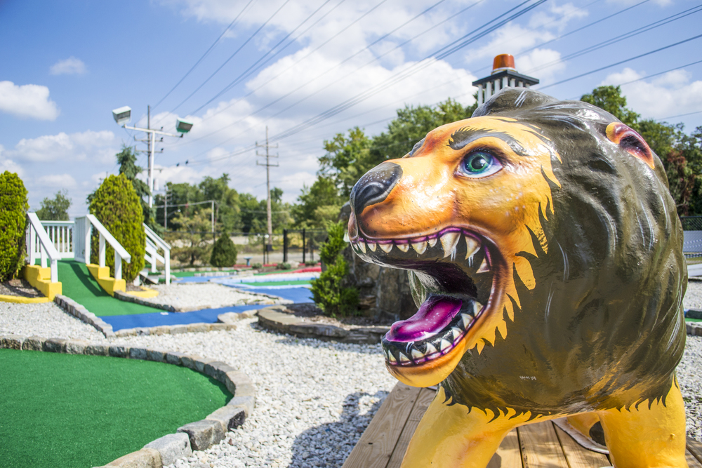Mini Golf - Lion Close Up.jpg