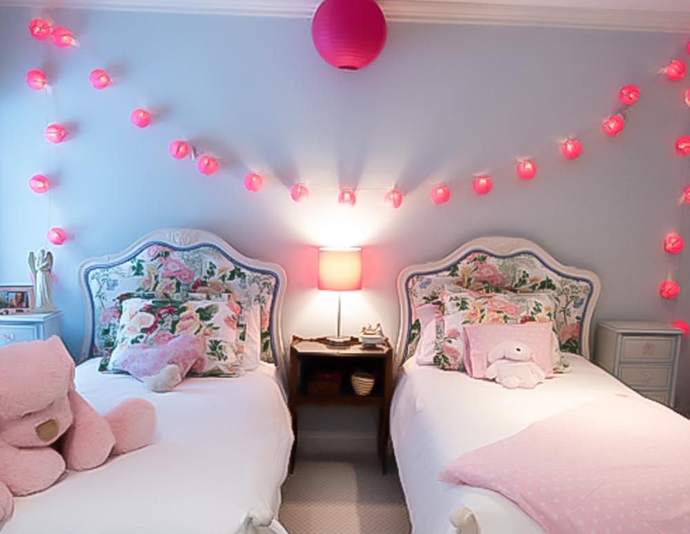 bedroom chinese lanterns-2.jpg