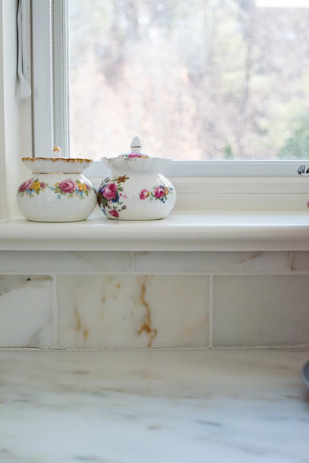 white kitchen-2.jpg