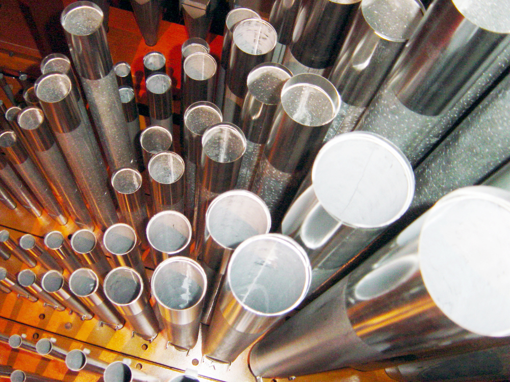 Great Organ metal pipes.jpg