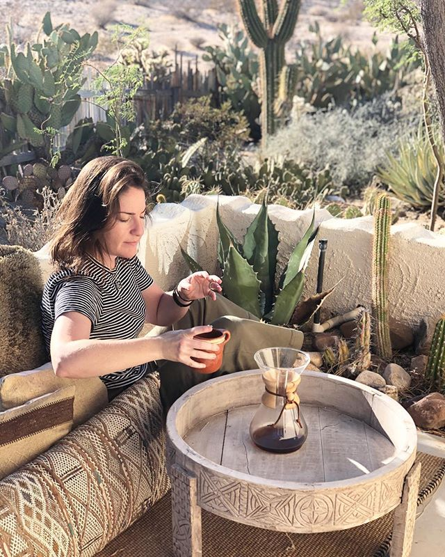 I was hoping that we would be open by now, so I could give everyone free coffee on #internationalcoffeeday but sadly that is out of my control. Like coffee, process and patience is key, and I've been trusting that things will take shape when they are ready. In the meantime, sharing coffee with friends in the desert to celebrate the day! 🙏🏻🌵☕️ #thejoshuatreehacienda