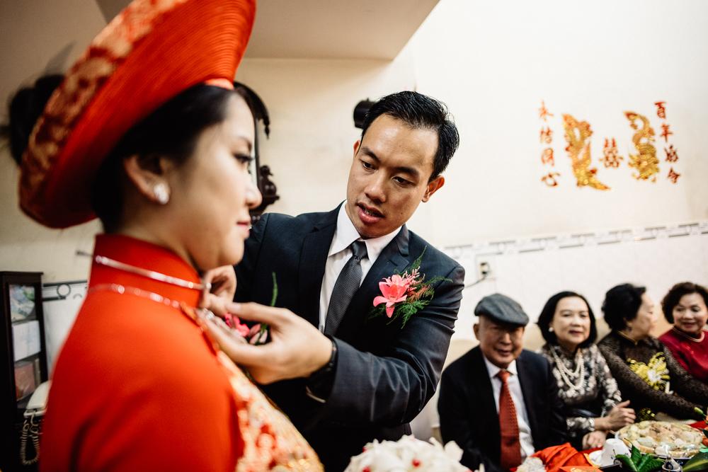 Truong - Quan ceremony-370.jpg