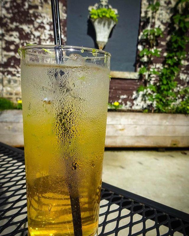 CALIFORNIA 69 ketel one vodka, grand poppy liqueur, honey, prosecco