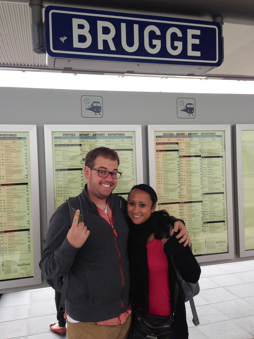 Arrival in the Bruges train station after 3 hours and two trains!