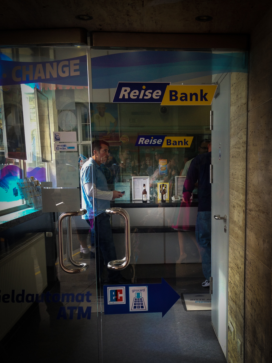 I love this! When we arrived, we passed a bank in the München train station where the customers drank beer as they completed their transactions. Now  that  is freedom!