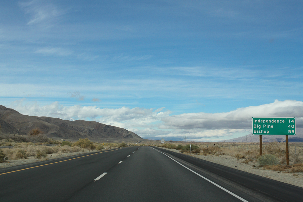 Setting off for Manzanar, just 10-15 minutes north of Lone Pine.