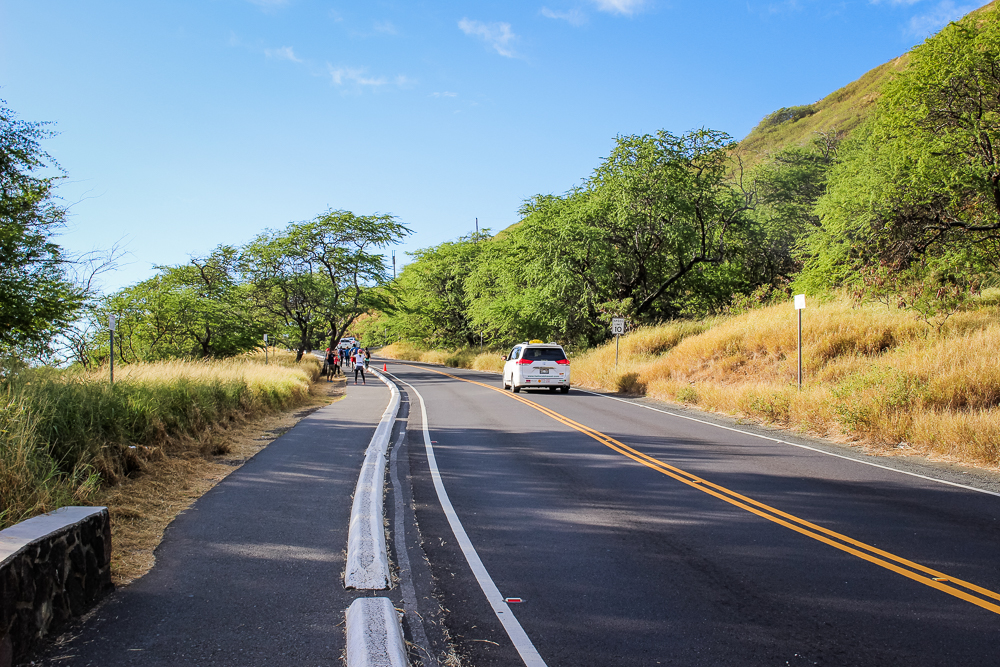 The uphill trek towards the Diamond Head crater.