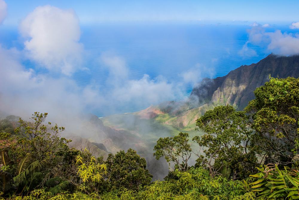 A cloudy Kalalau Valley.