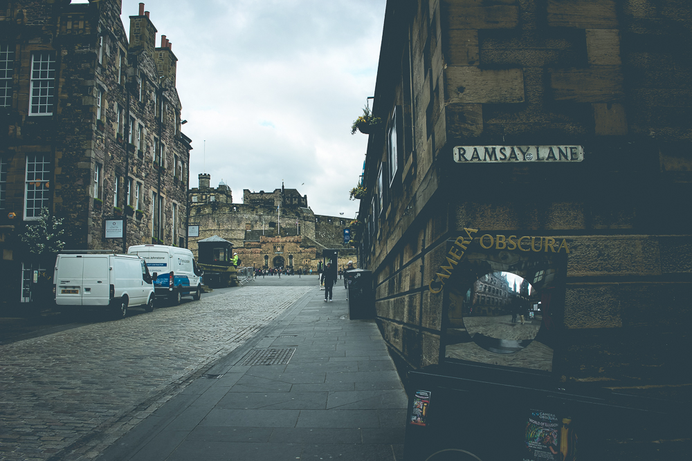 Looking down the final stretch of the Royal Mile, towards the Edinburgh Castle.