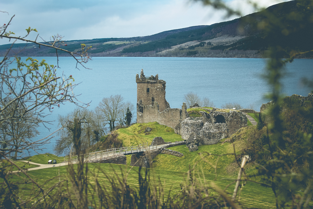 You wouldn't know that these beautiful photos of Urquhart Castle were from the parking lot if I hadn't told you!