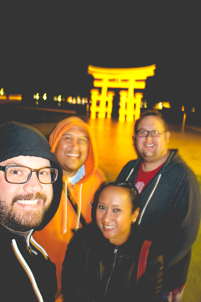 One final night-time shot in front of the torii gate!