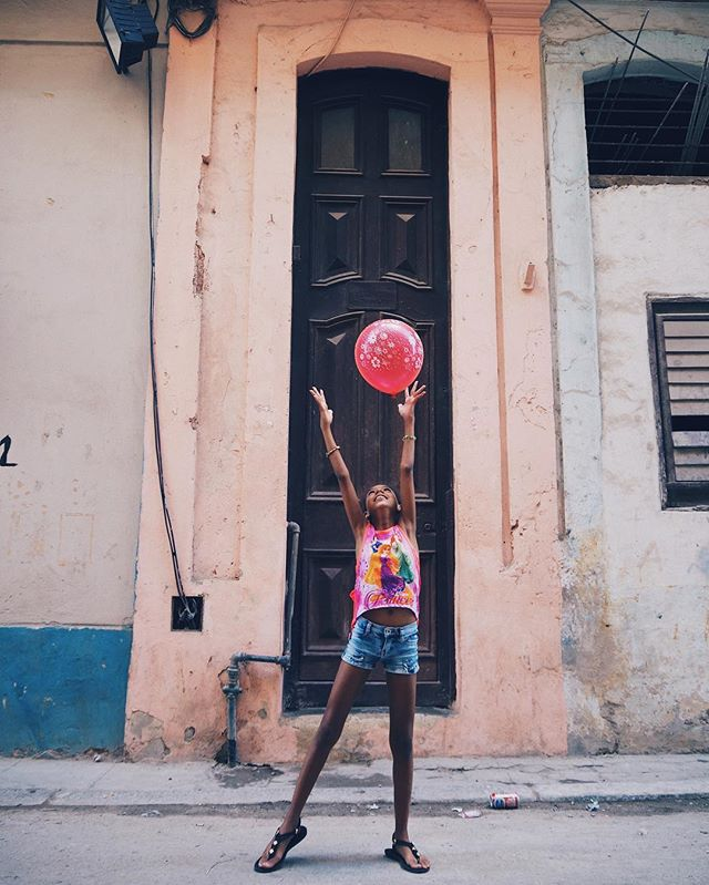 After spending a week in Cuba with no cell phone, I quickly realized that without this monotonous daily distraction I felt more playful and creative. Here's to the simple things in life: balloons.