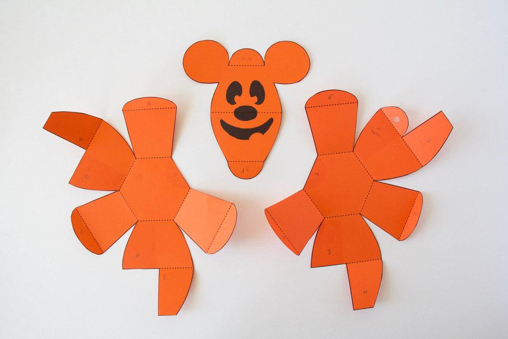 Crafts-Mickey-Pop-Up-Pumpkin-Matthew-Reinhart-9.jpg