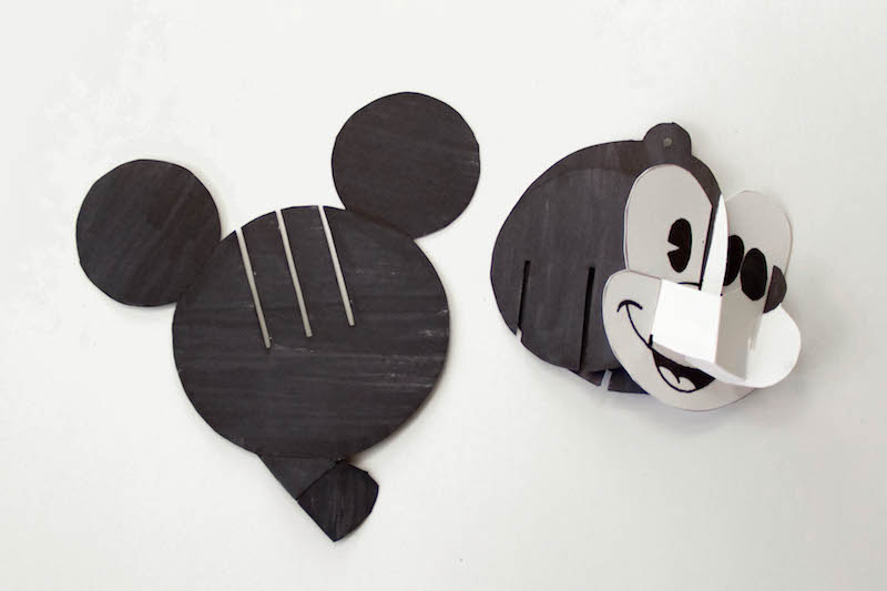 Disney-Family-Mickey-Pop-Up-Ornament8.jpg