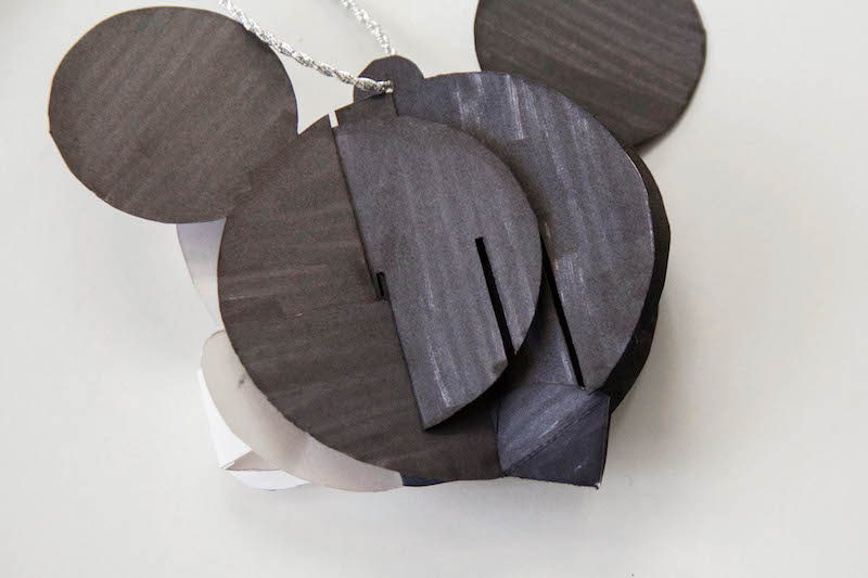 Disney-Family-Mickey-Pop-Up-Ornament7.jpg