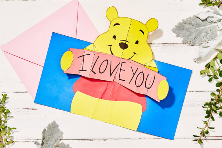 Disney-Family_Winnie-the-Pooh_Pop-Up-Valentine_Square-728x485.jpg