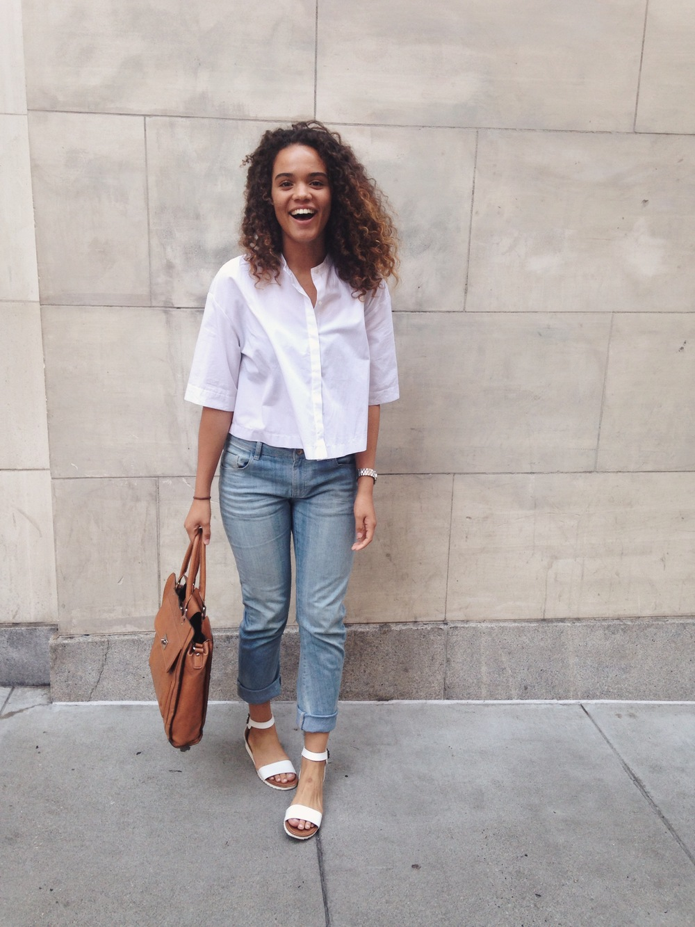 What I Am Wearing: Zara boyfriend jeans, Trafaluc shirt, Mossimo sandals, Merona Bag,