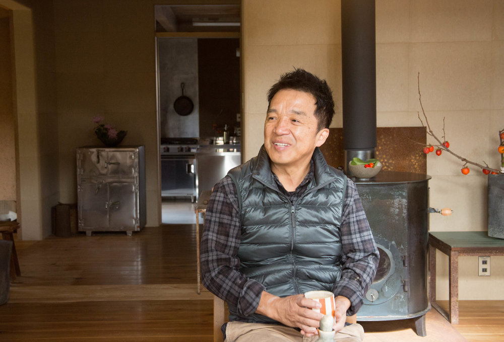 Ichino sitting down for a chat in his home, which he designed himself. ©TOKI