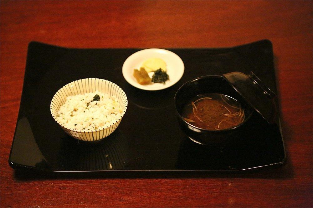 Rice (ご飯), Tomewan (止め椀), Ko no mono (香の物). ©TOKI