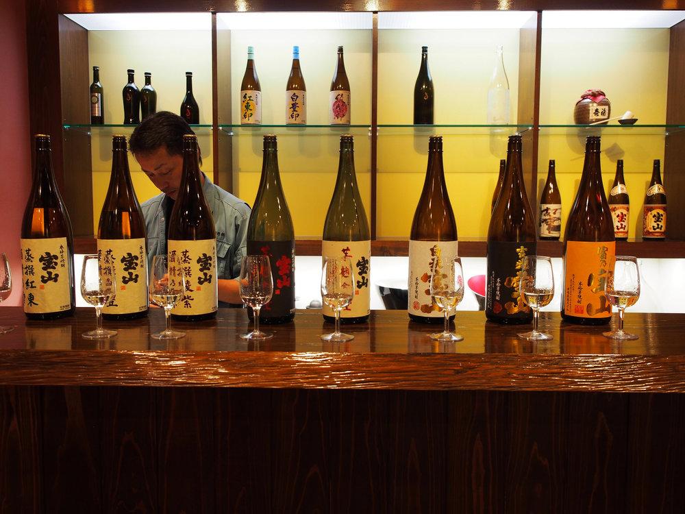 Shochu tasting at Nishi Brewery. ©TOKI