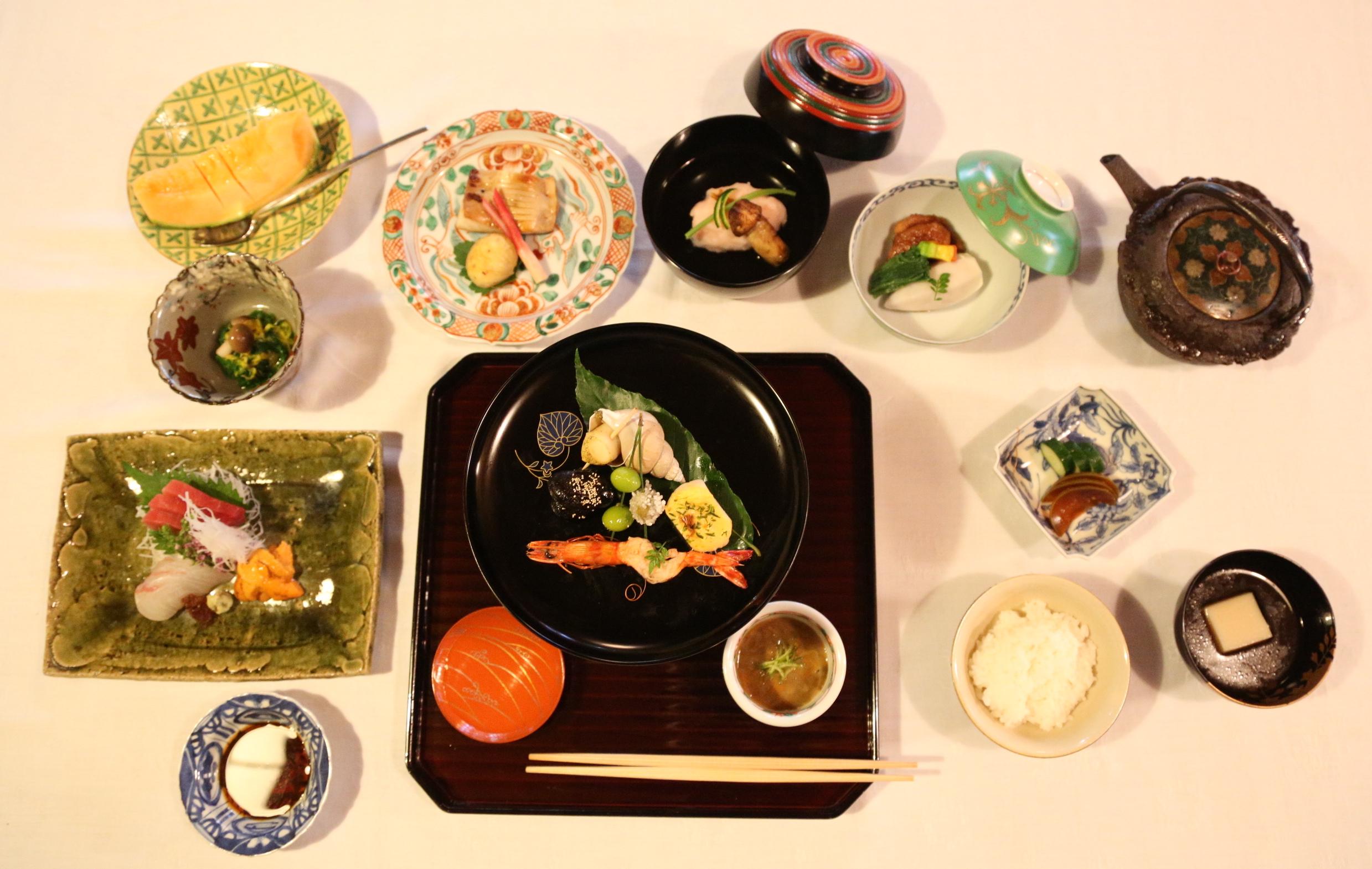 Kaiseki ryori the pinnacle of authentic japanese cuisine for Authentic japanese cuisine