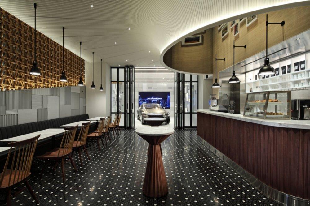 Lexus Cafe ©http://wonder-wall.com