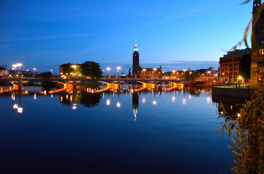 Estocolmo durante uma noite de verão