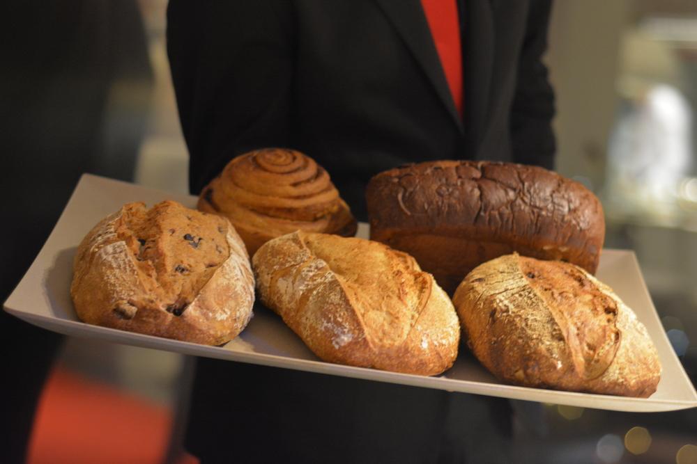 5 tipos de pães deslumbrantes (haha) feitos por eles. Amo pão, mas evito.
