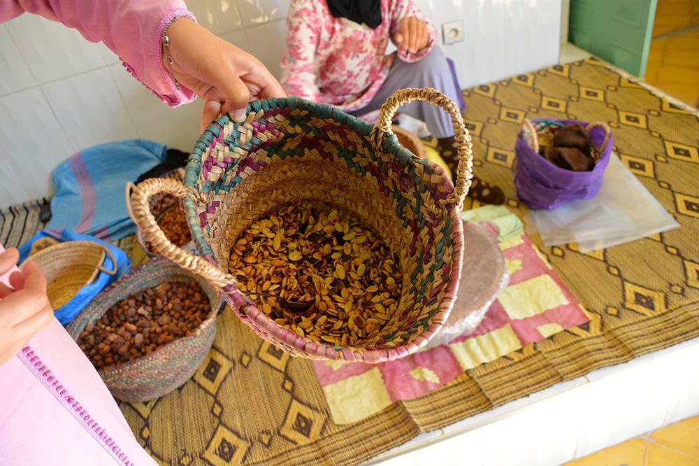 Sementes tostadas que servirão para o óleo comestível