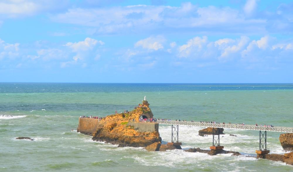 O Rocher de la Vierge, visto do Port Vieux