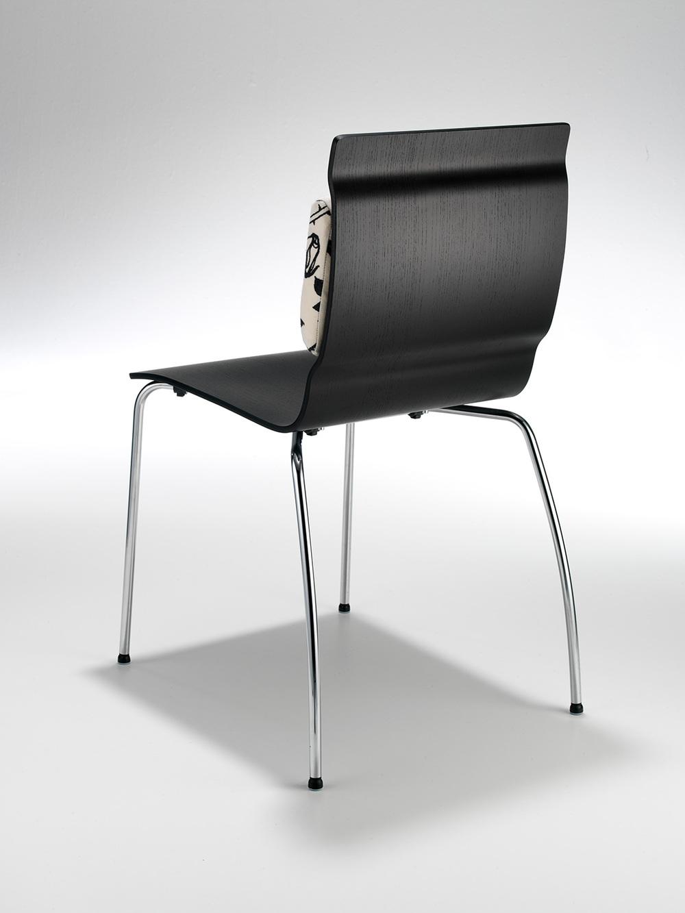 Stuhl-Cliuque_Einz_10-002.jpg