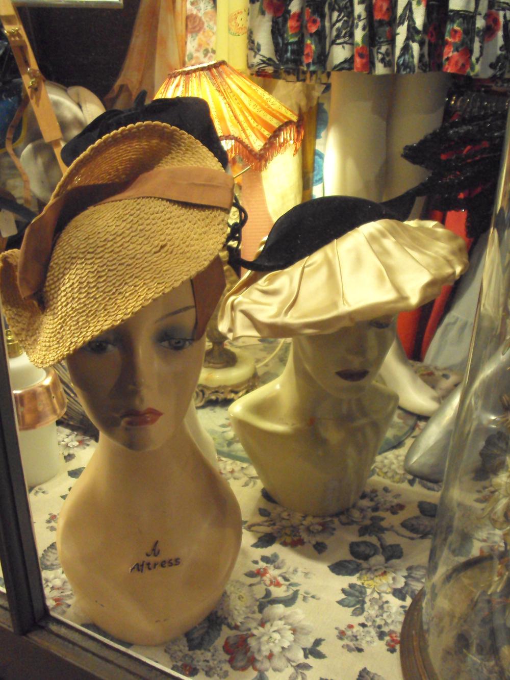 Vintage dresses, lipstick & crumble