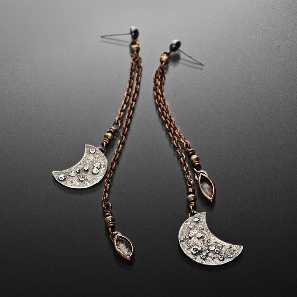 Tidal Moon earrings_Popnicute Jewelry.jpg