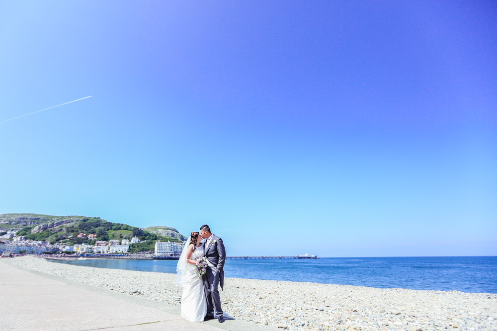 Rhian-and-Ivan-Wedding-Llandudno-19.jpg