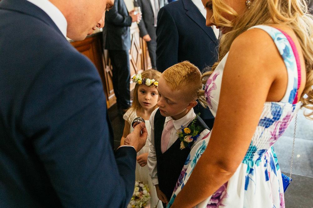 Jen-and-Jon-Wedding-Highlights-16.jpg