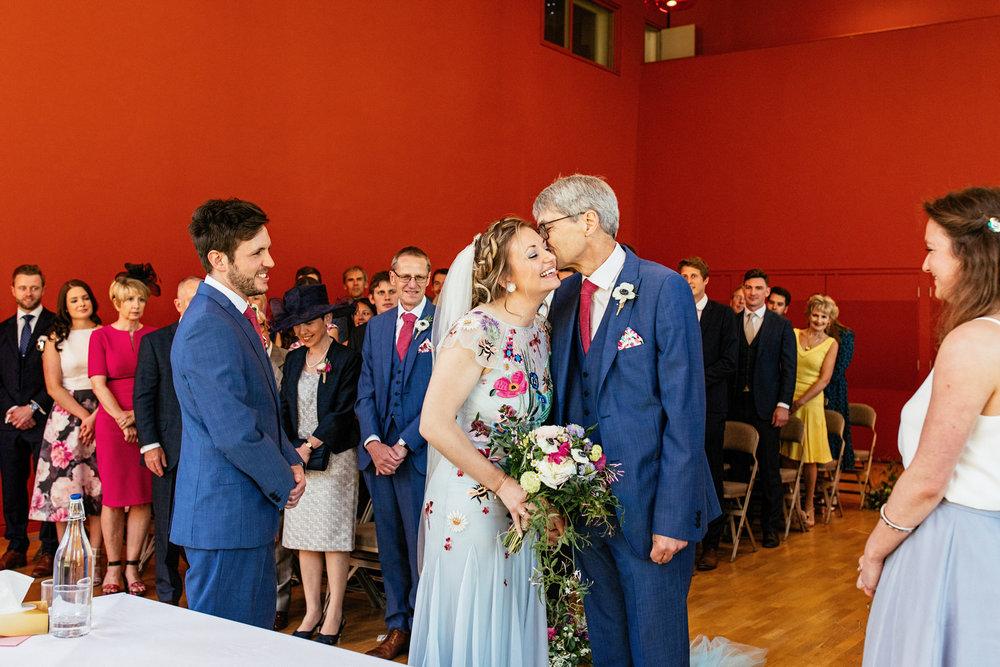 Bedford-School-Wedding-Photographer-029.jpg