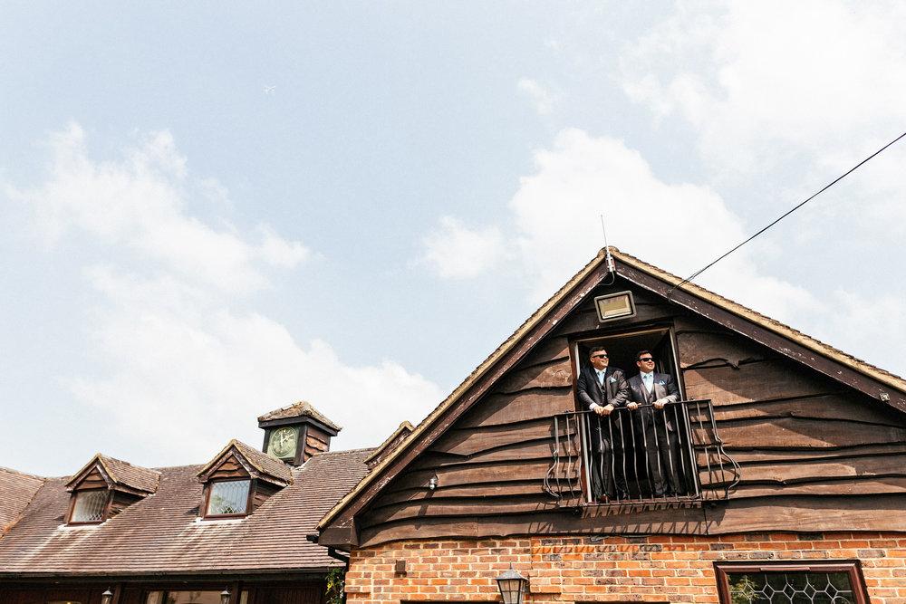 Buckinghamshire-wedding-photographer-009.jpg