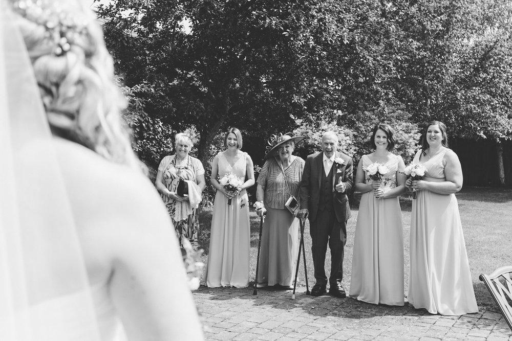 Buckinghamshire-wedding-photographer-014.jpg