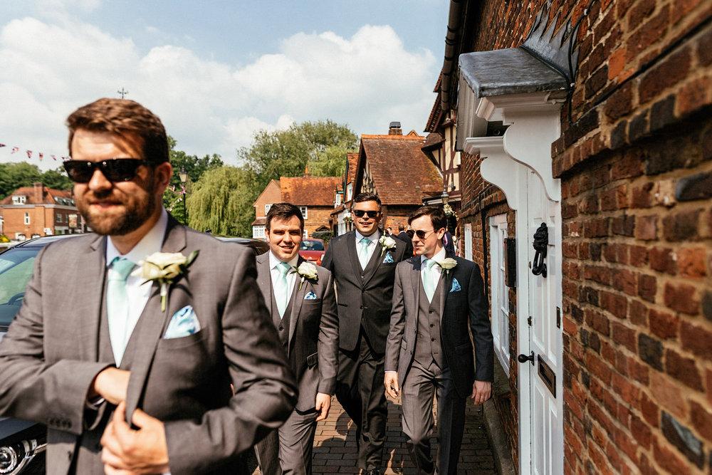 Buckinghamshire-wedding-photographer-018.jpg
