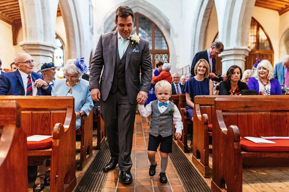 Buckinghamshire-wedding-photographer-021.jpg