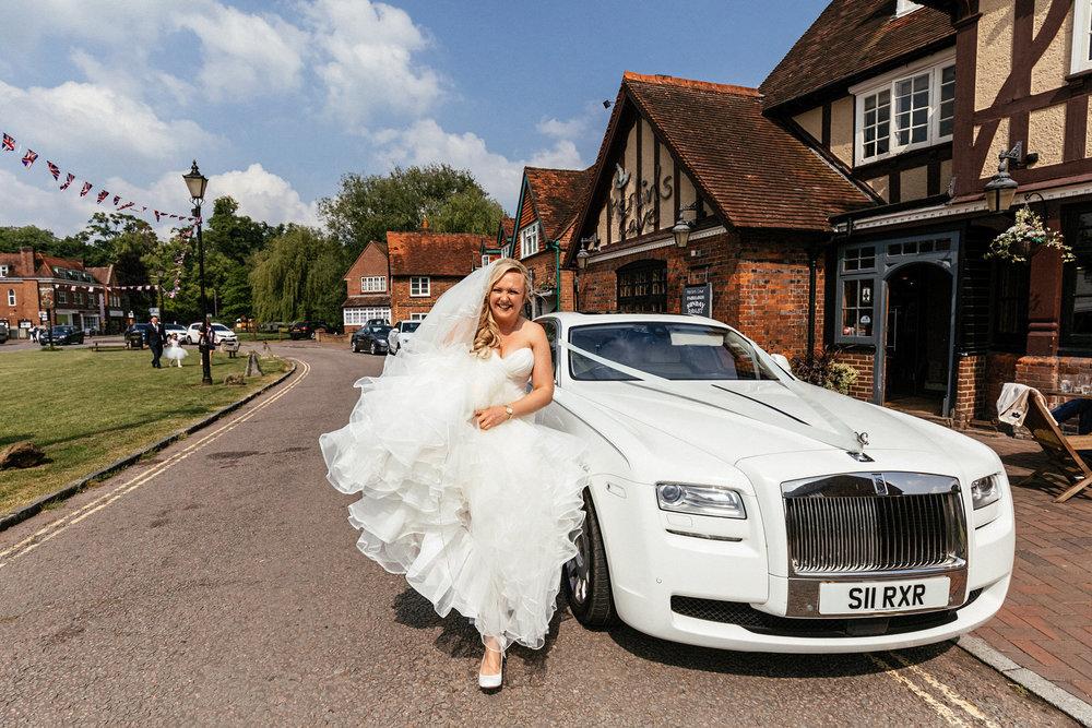 Buckinghamshire-wedding-photographer-023.jpg