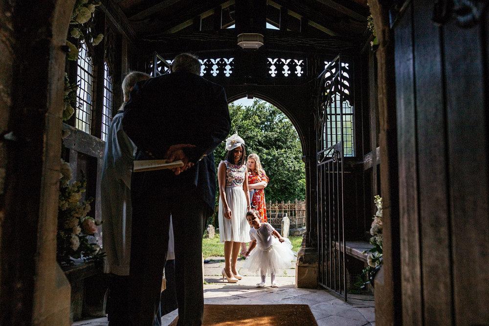 Buckinghamshire-wedding-photographer-024.jpg