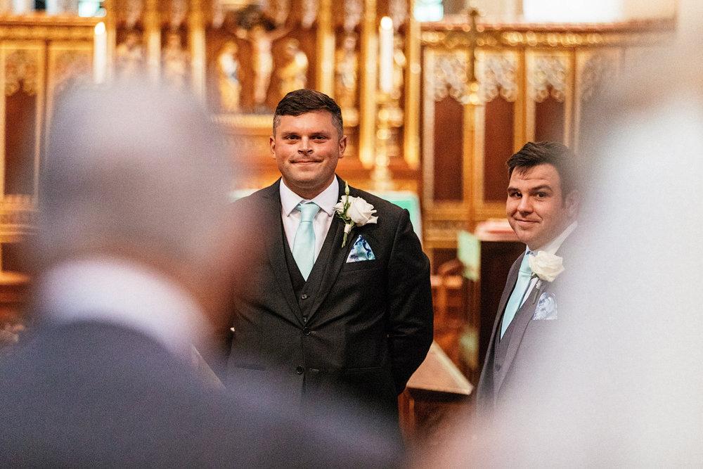 Buckinghamshire-wedding-photographer-030.jpg