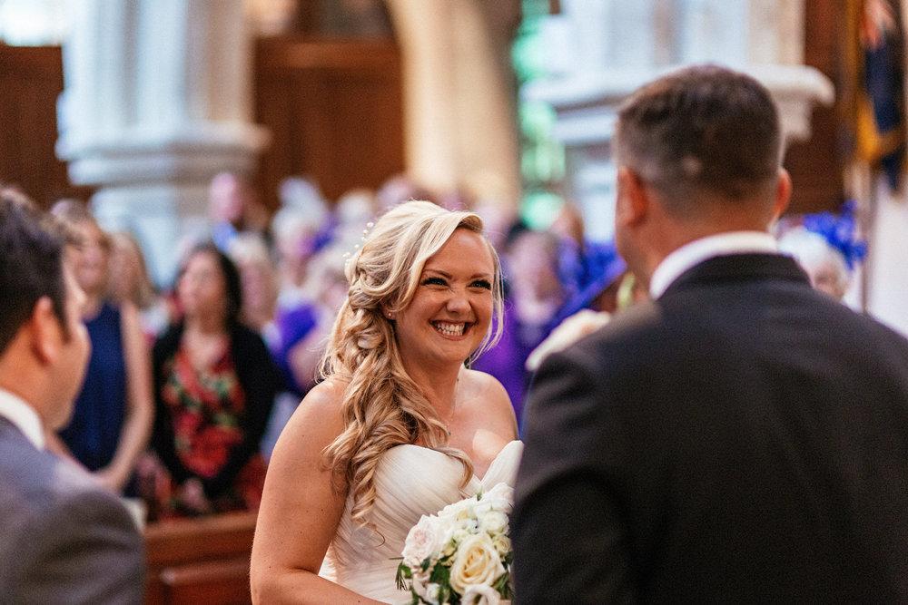 Buckinghamshire-wedding-photographer-033.jpg