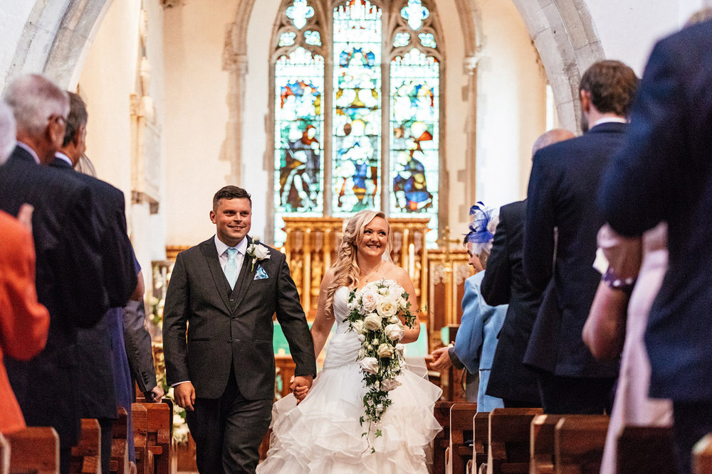 Buckinghamshire-wedding-photographer-037.jpg