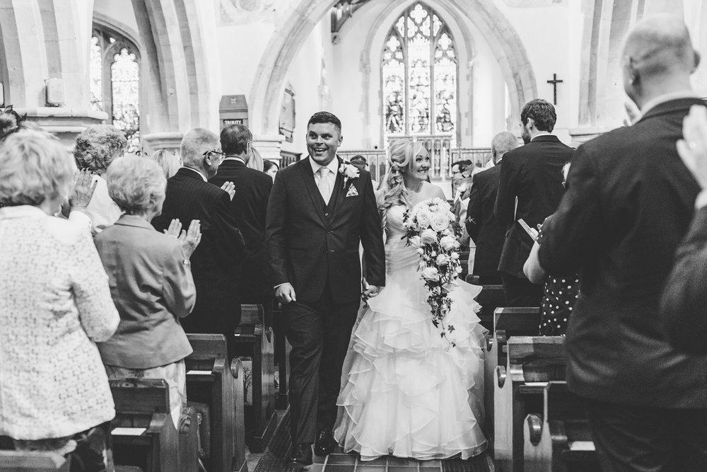 Buckinghamshire-wedding-photographer-038.jpg