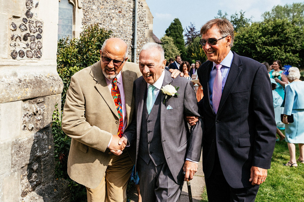 Buckinghamshire-wedding-photographer-042.jpg