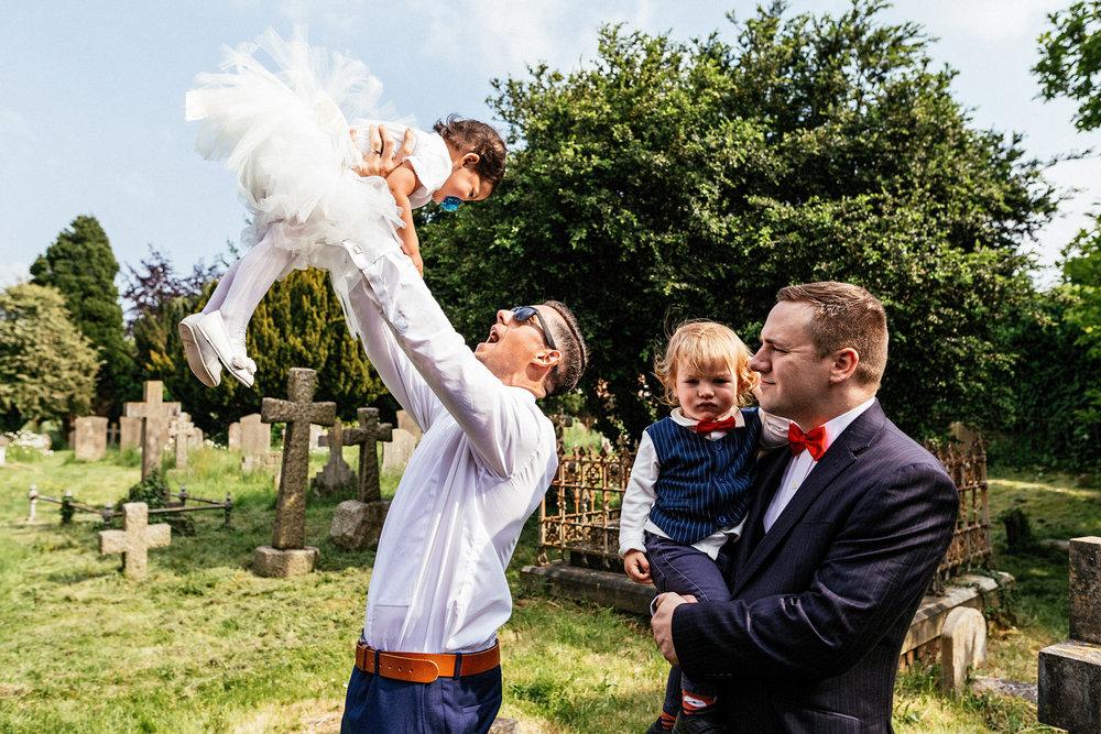 Buckinghamshire-wedding-photographer-043.jpg