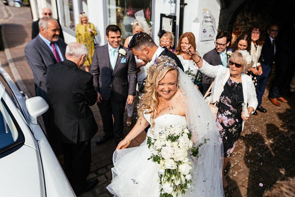 Buckinghamshire-wedding-photographer-048.jpg